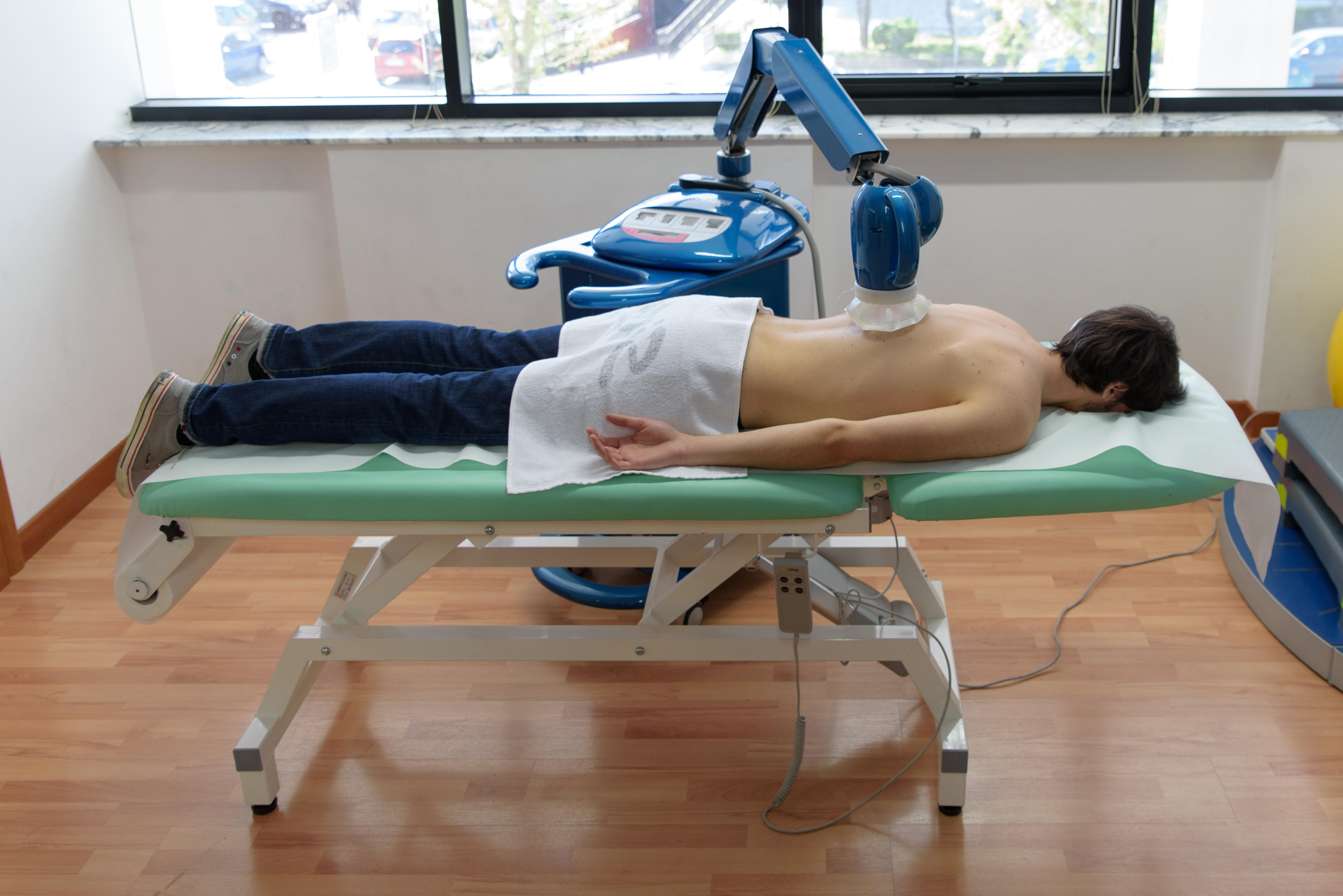 Macchinario per la cura del mal di schiena
